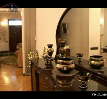 Առանձնատուն, 3 հարկանի, Երևան, Էրեբունի - 1