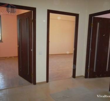 Բնակարան, 3 սենյականոց, Երևան, Ավան - 1