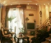 Բնակարան, 8 սենյականոց, Երևան, Կենտրոն