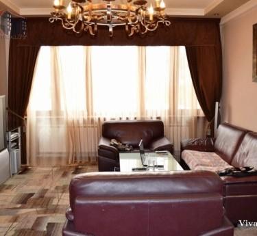Բնակարան, 7 սենյականոց, Երևան, Կենտրոն - 1