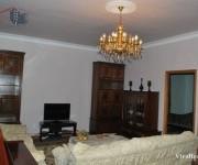 Առանձնատուն, 1,5 հարկանի, Երևան, Կենտրոն