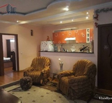 Особняк, 2 этажей, Ереван, Еребуни - 1