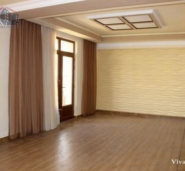 Բնակարան, 5 սենյականոց, Երևան, Քանաքեռ-Զեյթուն - 1