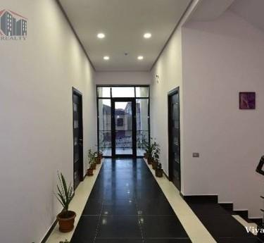 Особняк, 4 этажей, Ереван, Аван - 1