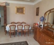 Առանձնատուն, 3 հարկանի, Երևան, Աջափնյակ