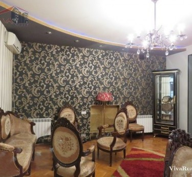 Apartment, 4 rooms, Yerevan, Downtown - 1