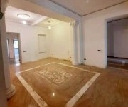 Apartment, 4 rooms, Yerevan, Downtown